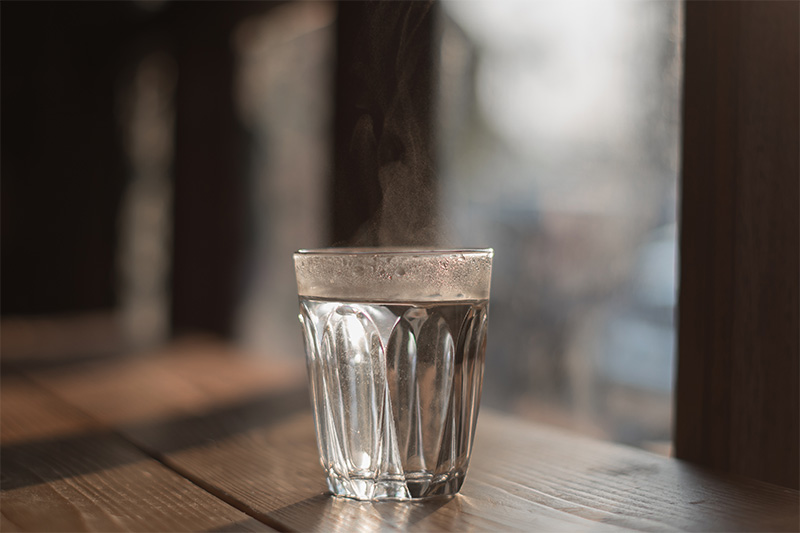 Why it's better to drink warm water, not cold.