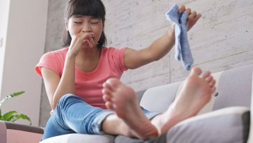 6 Ways to Battle Stinky Feet Without Seeing the Doctor