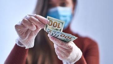 15 Coronavirus Habits That Put You at Risk