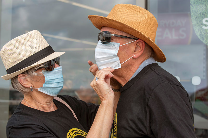 10 Ways The Coronavirus Pandemic Changed The Way We Grocery Shop