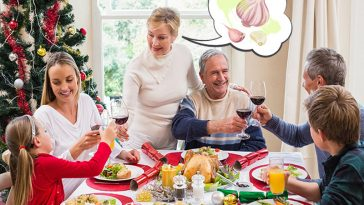 No Need To Worry About Garlic In Your Christmas Dinner! This Is How To Get Rid Of Garlic Breath!
