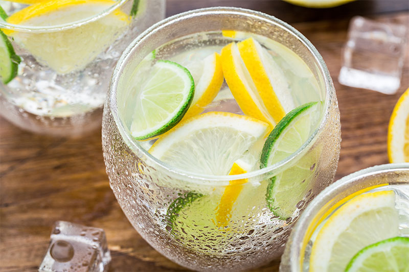 11 Impressive Health Benefits of Lemons & Limes