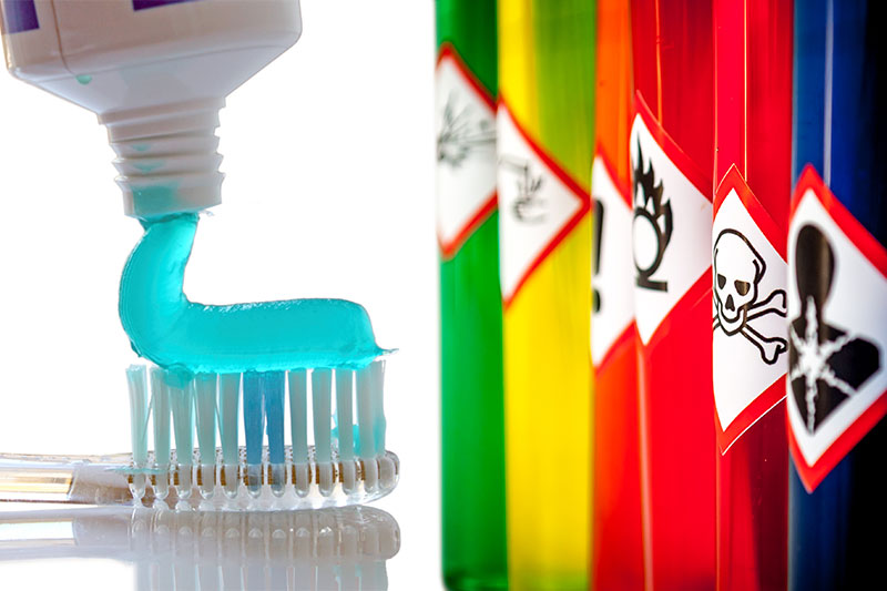 10 Harmful Ingredients That Shouldn't Be In Your Toothpaste