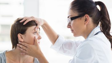 There Are Signs To Look For In Your Eyes That Mean You Must Get Your Lungs Checked