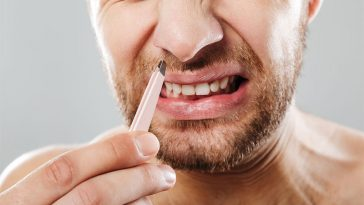 4 Terrifying Reasons You Should Never Pluck Or Wax Inside Your Nostrils